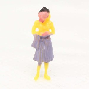 Model figures STANDING - assorted painted Image 1